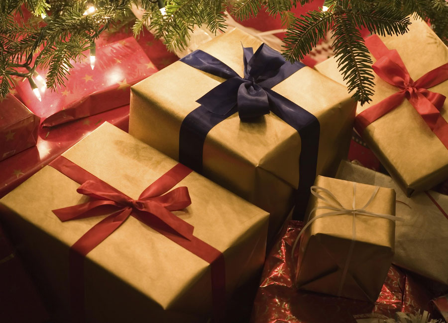 Origin of Christmas gift giving | LifestyleQld
